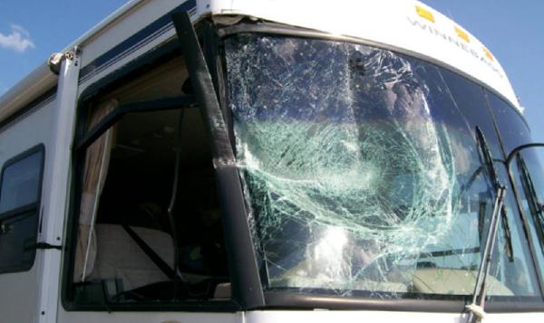 Motorhome Windshield Repair Service